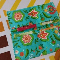 Handy Tea Bag Wallet-Modern floral motifs orange/green