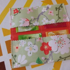 Handy Tea Bag Wallet-Modern blossom print on pale green