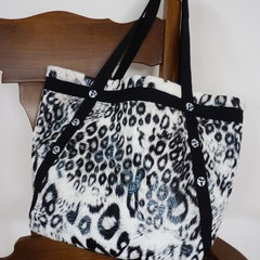 Smooth Faux Fur hand bag