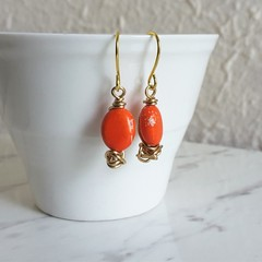 Colourful small Bright orange oval stone gold wire ball short drop earrings