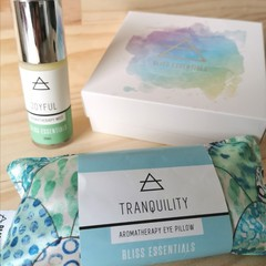 Aromatherapy GIFT BOX WITH BODY MIST AND EYE PILLOW