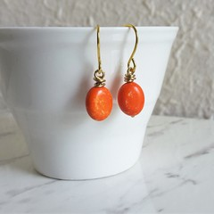 Minimal Boho style mini Bright orange oval stone gold wire short drop earrings