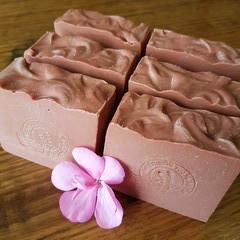 Natural Handmade Goat's Milk Soap with Australian Pink Clay - (Palm oil free)