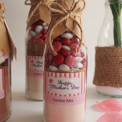 MOTHER'S DAY Cookie Mix in a bottle. Makes 6 or 12 delicious cookies