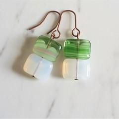 Simple minimalist square glass beaded short drop earrings (Green White)