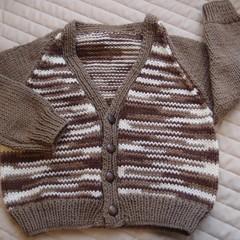 SIZE 3 yrs (+): Hand knitted cardigan : acrylic, boy, browns & cream
