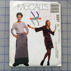 McCalls 2297 Junior NY top and skirt pattern. Sizes 9/10, 11/12, 13/14. Uncut