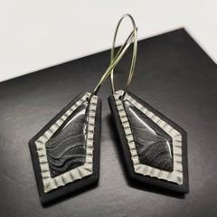 REGAL dangle earrings - THE SILVER EDIT
