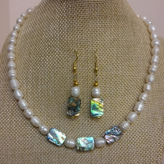 FRESHWATER PEARL AND SHELL NECKLACE WITH MATCHING EARRINGS