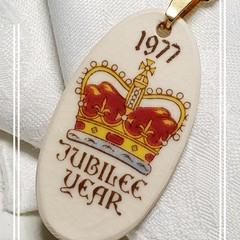 1977 Jubilee pendant