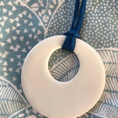 Porcelain circle pendant