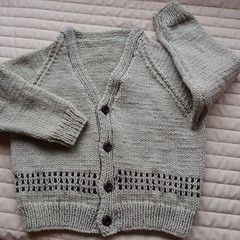 SIZE 3-4 :Hand knitted cardigan in camel and brown: Boy, washable