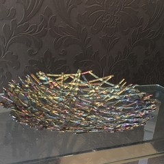 Iridised decorative glass bowl