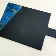 Resin art cheeseboard - black