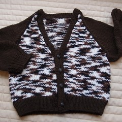 SIZE 3 yrs (+): Hand knitted cardigan : acrylic, boy,  multi colour, warm
