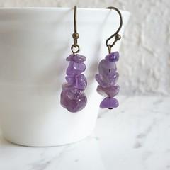 Natural Antique Hippie style Simple gemstone chip short drop earrings , Purple