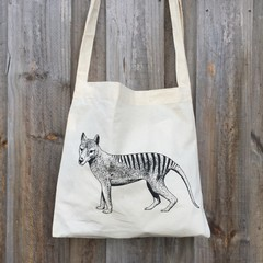 Screen printed Tasmanian tiger calico shoulder bag