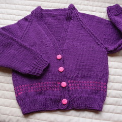 SIZE 4 yrs  Hand knitted cardigan : acrylic, girl