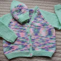 SIZE4-5 yrs :Hand knitted cardigan by CuddleCorner, washable, OOAK