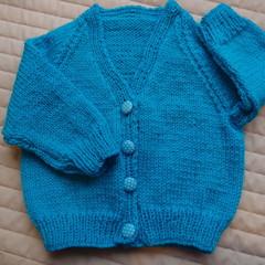 Size 6-12 months hand knitted cardigan by CuddleCorner: unisex, winter, warm