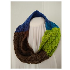 Hand Knitted Continuous Cable Scarf - ChocMint
