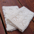 Cuff medium wool white