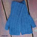 Fingerless mitts adult small/medium wool blue