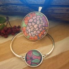 Summer Delights Bracelet and Pendant Set