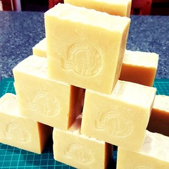 Natural handmade soap - Sesame and Cinnamon (Palm oil free)