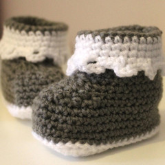 Baby Booties in Grey & White for 0-6 and 6-12 months