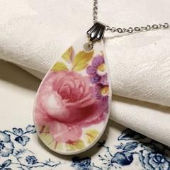 Royal Albert Flower pendant