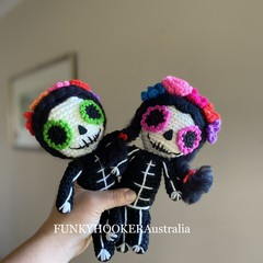TWO Day Of The Dead Dolls  - Sisters