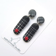Pop Black white and red Earrings