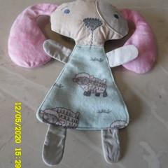 Huggie Blanket  Grey Pink