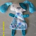 Huggie Flatty Dog blue buttons