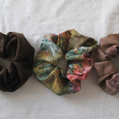 3 brown scrunchies, brown scrunchie, brown ponytail holder, brown hair accessory