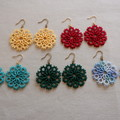 Tatting lace earrings (circular, coloured)