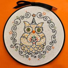 The Owl & The Jack 'O Lantern-a PDF embroidery pattern.