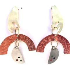 Brass hand, arc & semicircle earrings.