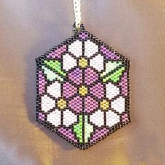 Hexagonal pendant with flower pattern -purple
