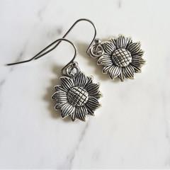 Dainty Boho antique silver style Sunflower metal flower charm drop earrings