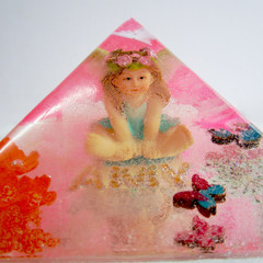 RESIN PYRAMID  With your Child's Name Added. ORDER FORM They Look Awesome!