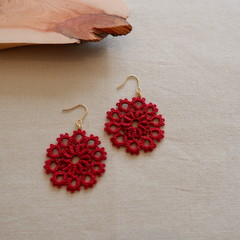 Tatting lace earrings (circular, coloured)
