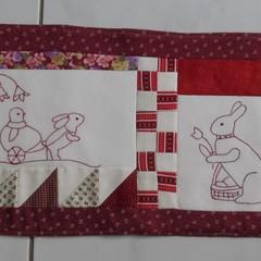 TableRunner Bunny in Redwork