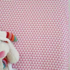 Fitted Cot Sheet - Cotton - Candy Pink and White Triangles