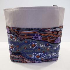 Light grey 2 pocket tote bag