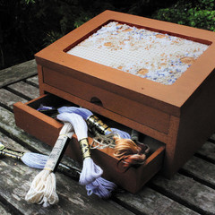 Embroidered insert / panel for box lid - Digital PDF pattern