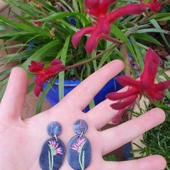 Handmade Earrings - Kangaroo Paw Drop Earrings