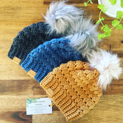 UNISEX TODDLER BEANIE/HAT with FAUX FUR POM - Girls/Boys/Toddler/1yearold/18mths