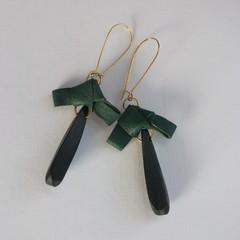 Lachlan - Leather & bead eardrop